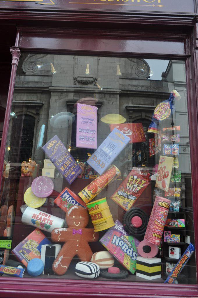 plv magasin bonbons magique graphisme strasbourg