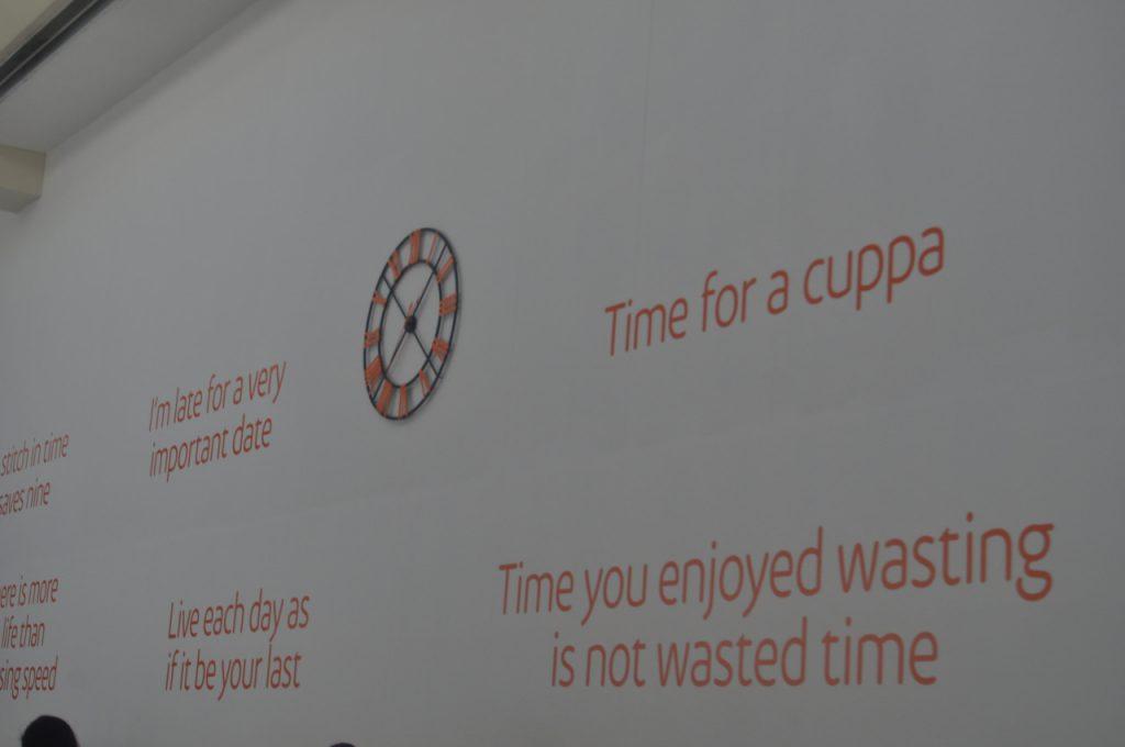 pub stickers affichage sucette graphisme