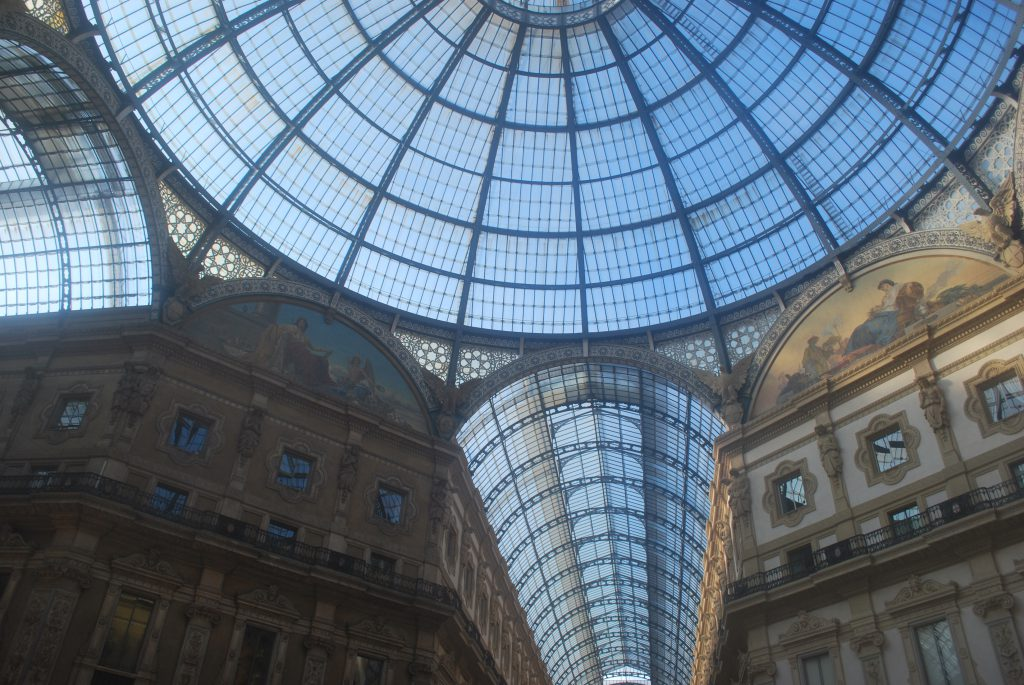 milan cathedrale graphiste strasbourg alsace rotonde architecture verre
