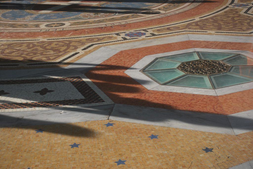 milan cathedrale graphiste strasbourg alsace rotonde architecture detail mosaique