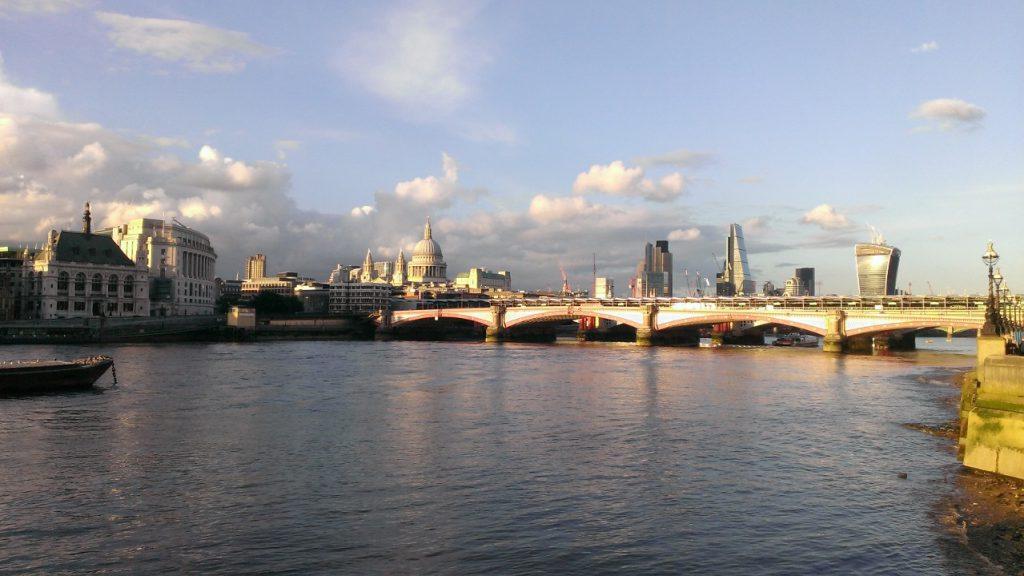 london tamise architecture graphisme alsace design